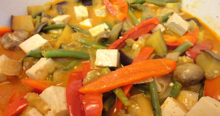 How To: Do-It-Yourself Frozen Dinner – Curry