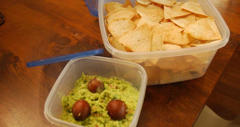 How to: Snack Healthy – Guacamole
