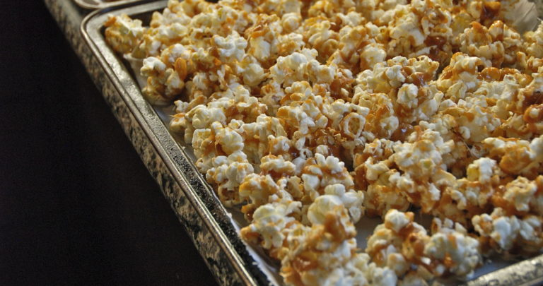 How to: Snack Healthy – Lime and Black Pepper Popcorn