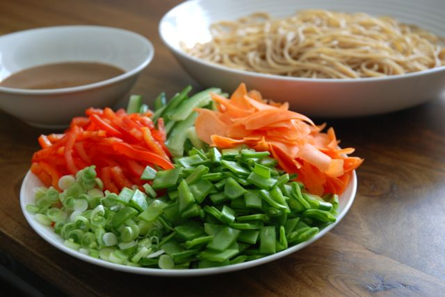 Peanut Noodle Salad Prep How to Eat