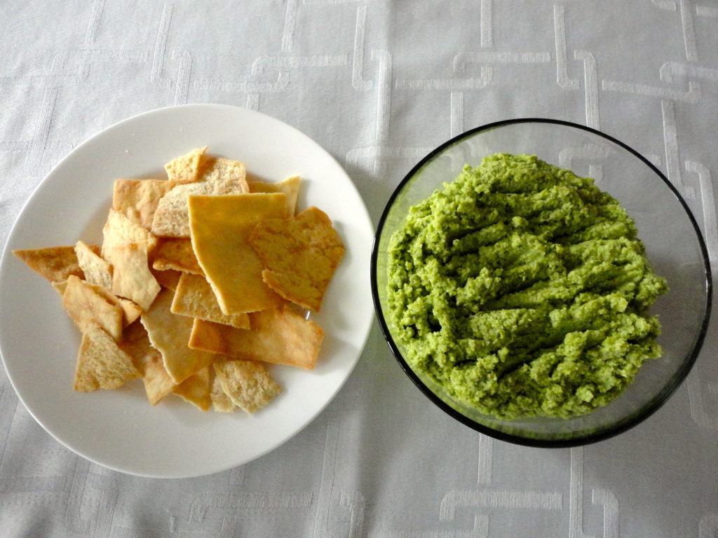 Edamame dip and pita chips