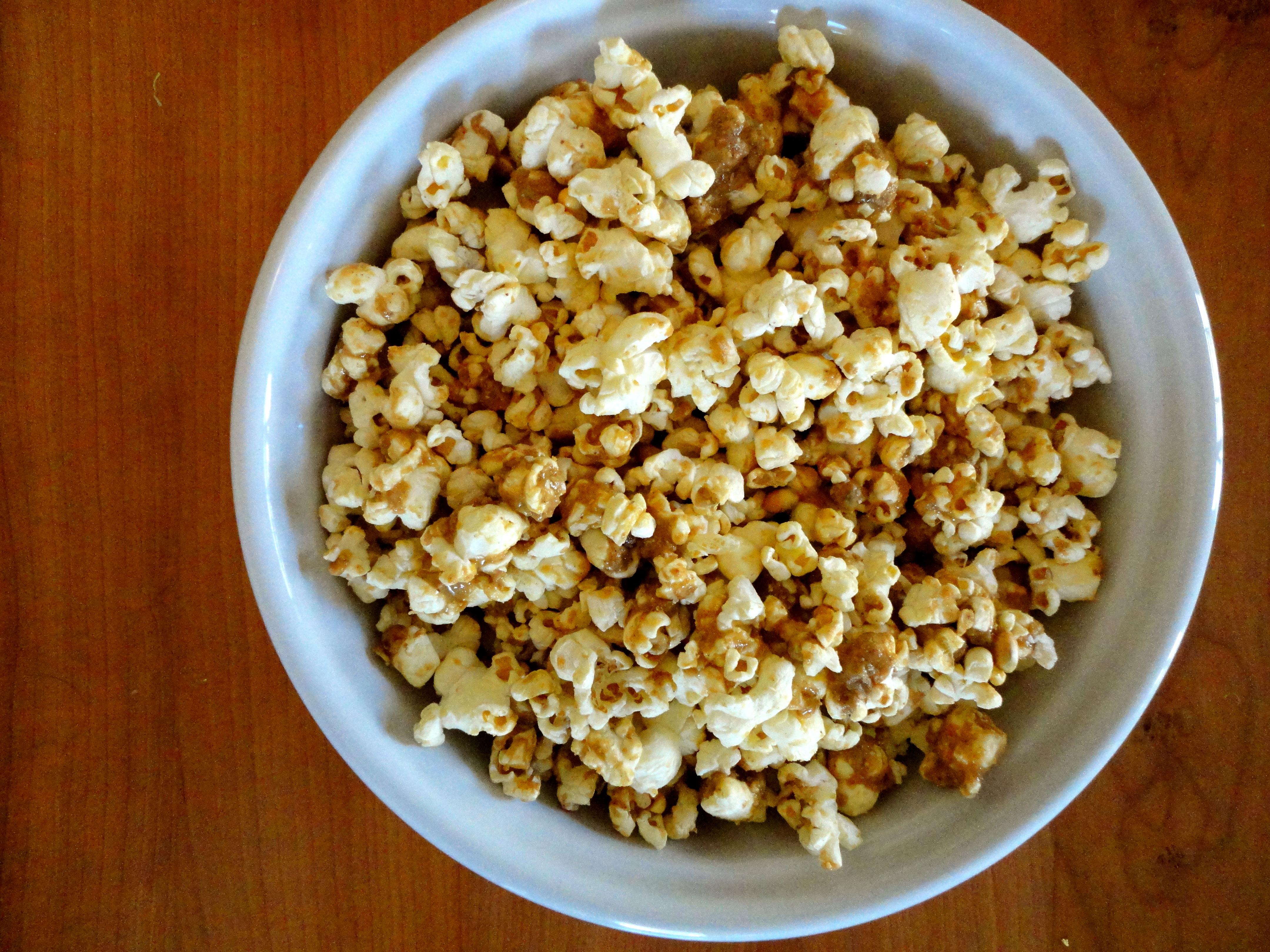 ... Snack Healthy – Vanilla Cinnamon Peanut Butter Popcorn | How to Eat