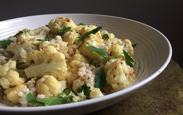 How to: Healthy Sides – Warm Roasted Cauliflower and Barley Salad