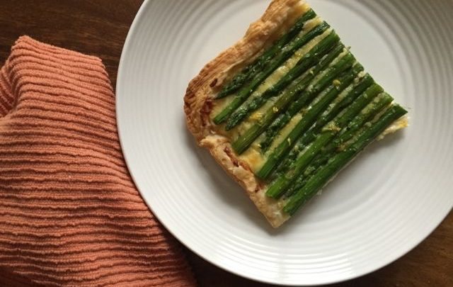 How to: Seasonal Cooking – Asparagus and Cheese Tart