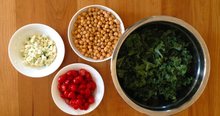 How To: Quickie Meal – One-Pot Farro with Chickpeas, Tomatoes, Kale, and Feta