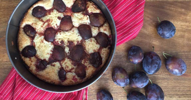 How to: Seasonal Cooking – Plum Cake