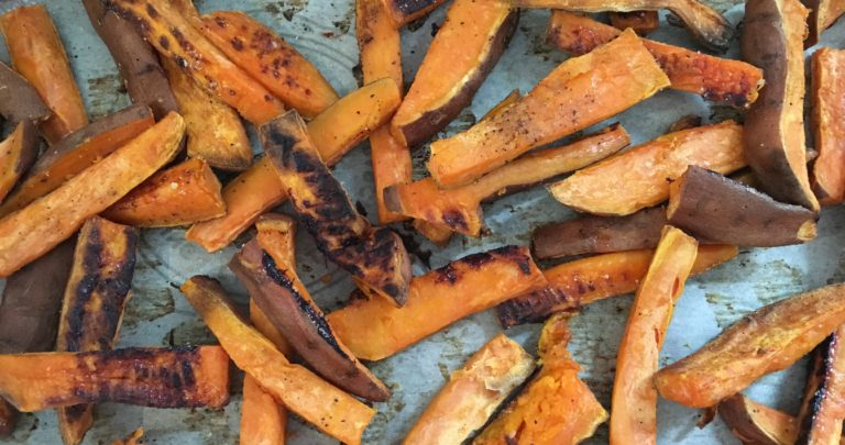 How To: Recipe Makeover – Vegetarian Chilli Loaded Sweet Potato Fries