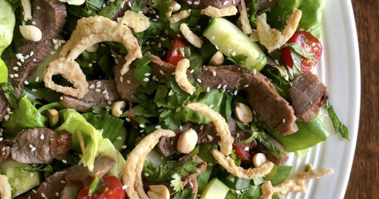 Easy Steak Salad with Crispy Fried Onions